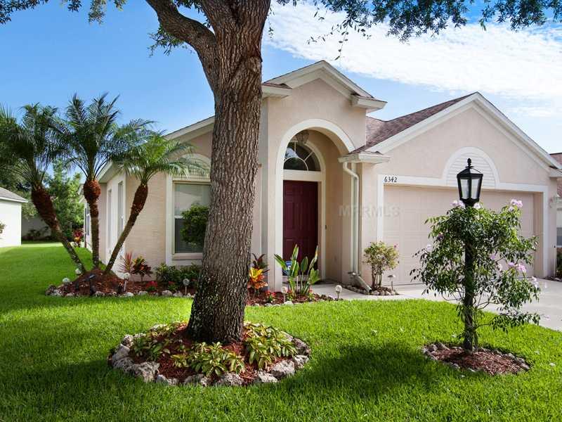 Single Family Home for sale at 6342 Yellowtop Drive Lakewood Ranch Florida 34202 Florida
